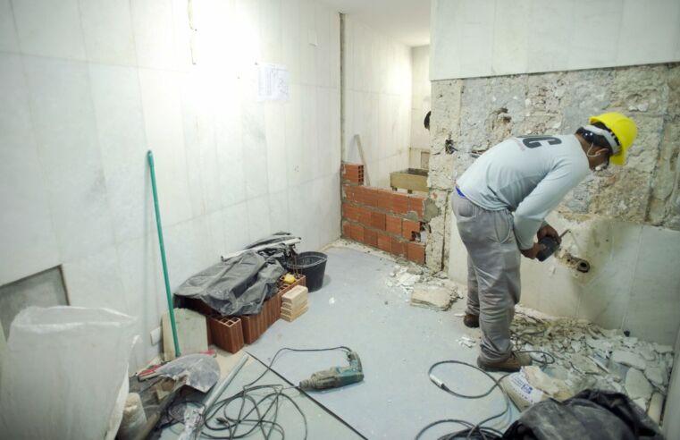 Na construção diária, que não nos falte feijão e cimento pra misturar