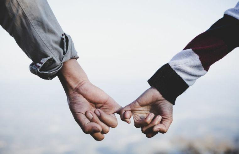 Namoro após os 40: delícias e dificuldades dos relacionamentos maduros