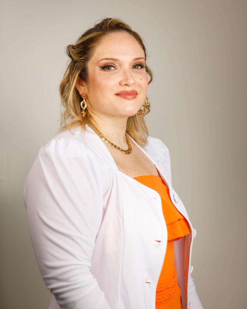 Mariana Rosário no Agosto Dourado: não existe evidência científica de que o coronavírus seja transmitido no leite materno
