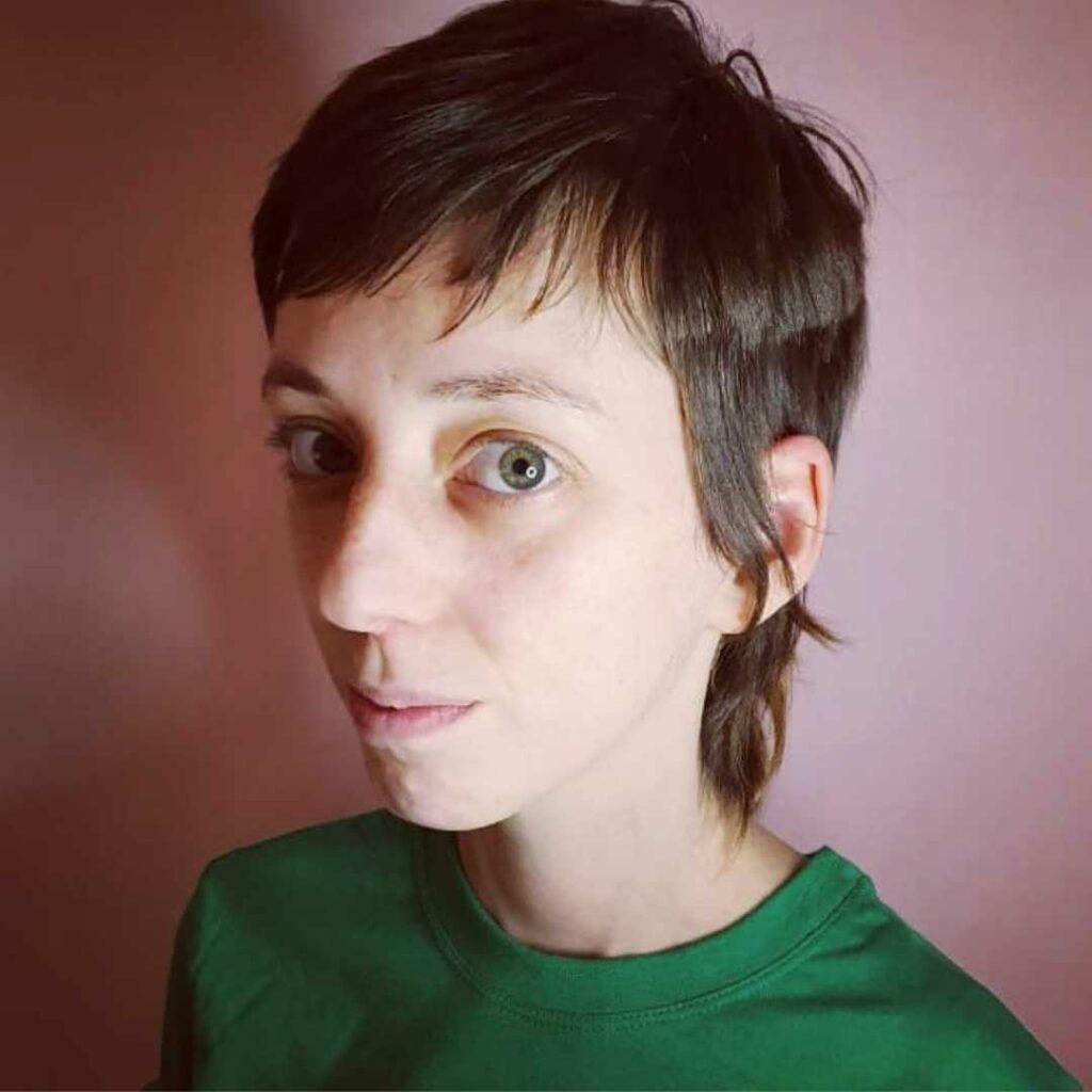 Camila Macedo desenvolve pesquisas sobre gênero e sexualidade. - Foto: arquivo pessoal.