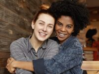 Lesbocídio, preconceito e lutas: a visibilidade lésbica no Brasil